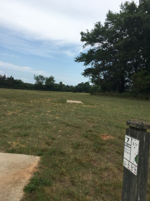 Sandy Creek Park, Main course, Hole 7 Long tee pad