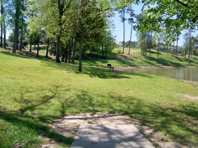 Lake Olmstead Park, Main course, Hole 15 Tee pad