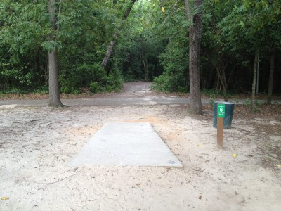 Pendleton King Park, Main course, Hole 6 Tee pad
