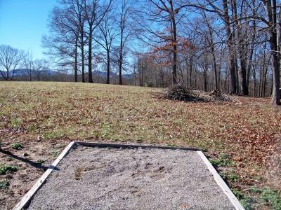 Meeks Park, Main course, Hole 6 Long tee pad