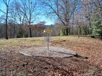 Meeks Park, Main course, Hole 6 Putt