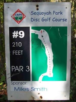 Sequoyah Park, Main course, Hole 9 Hole sign