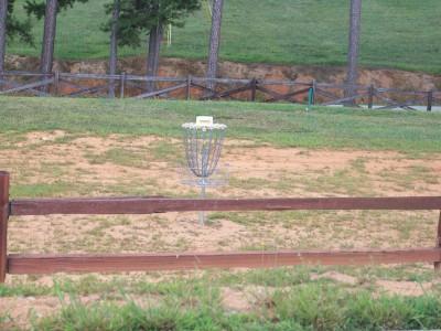 Apple Mountain, Main course, Hole 1 Putt