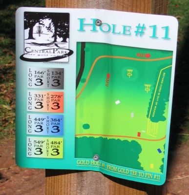 Central Park, Main course, Hole 11 Hole sign