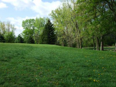 Heritage Park, Heritage Park DGC, Hole 4 Middle tee pad