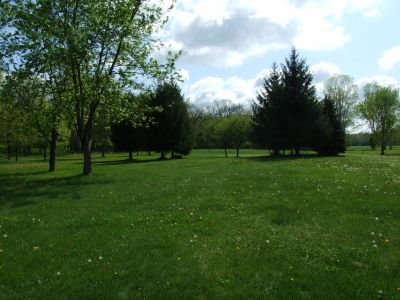 Heritage Park, Heritage Park DGC, Hole 9 Middle tee pad