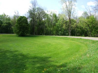 Heritage Park, Heritage Park DGC, Hole 11 Middle tee pad