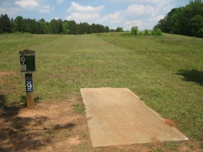 Lake Russell, Main course, Hole 9 Tee pad