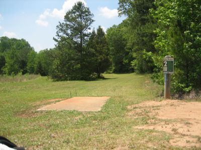 Lake Russell, Main course, Hole 2 Tee pad
