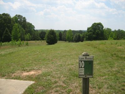 Lake Russell, Main course, Hole 10 Tee pad