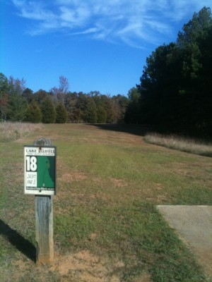 Lake Russell, Main course, Hole 18 Tee pad