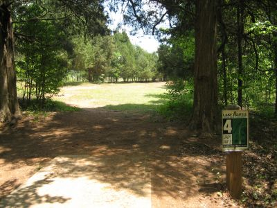 Lake Russell, Main course, Hole 4 Tee pad