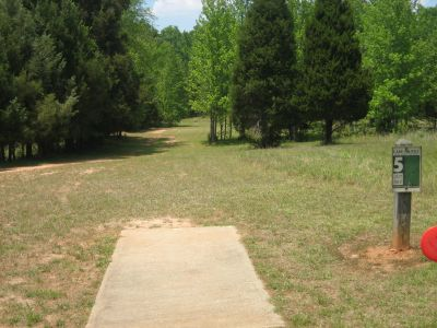 Lake Russell, Main course, Hole 5 Tee pad