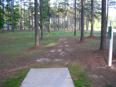 McCurry Park, Main course, Hole 14 Tee pad