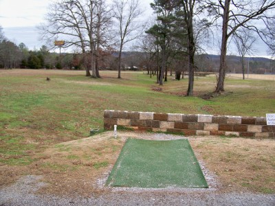 Jack Mattox Recreation Complex, Main course, Hole 1 Tee pad