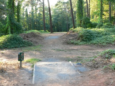 East Roswell Park, Main course, Hole 5 Middle tee pad