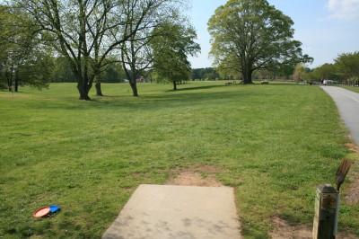 Lenora Park, Main course, Hole 4 Tee pad