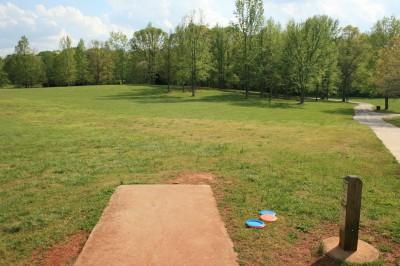 Lenora Park, Main course, Hole 14 Tee pad