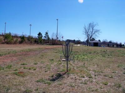 J.P. Moseley Park, Main course, Hole 18 Putt