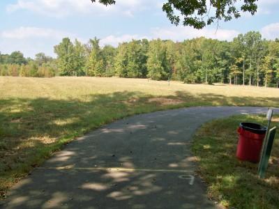 J.P. Moseley Park, Main course, Hole 9 Tee pad