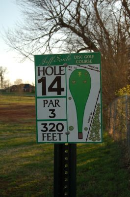 Basil Griffin Park, Main course, Hole 14 Hole sign