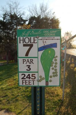 Basil Griffin Park, Main course, Hole 7 Hole sign