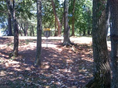 Lovers Lane Park, Main course, Hole 5 Putt