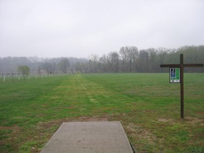 Phil Moore Park, Main course, Hole 2 Tee pad