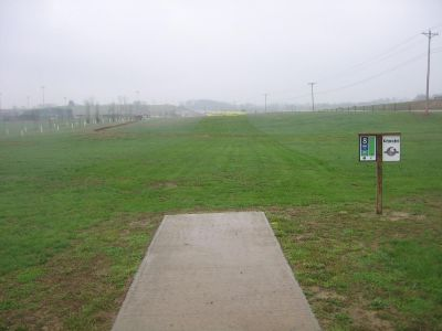 Phil Moore Park, Main course, Hole 8 Tee pad