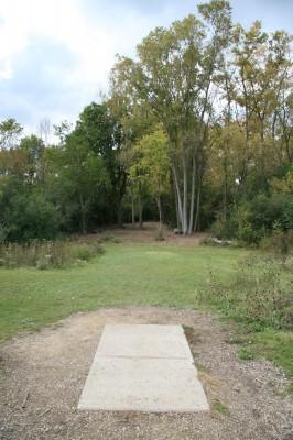 Bandemer Park, Bandemer, Hole 8 Short tee pad
