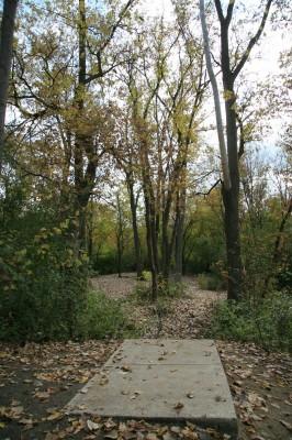 Bandemer Park, Bandemer, Hole 4 Short tee pad