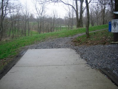 Idlewild, Main course, Hole 2 Tee pad