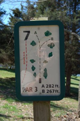 Freeman Lake Park, Main course, Hole 7 Hole sign