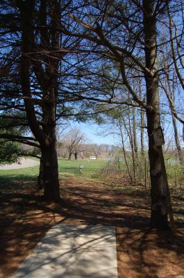 Freeman Lake Park, Main course, Hole 13 Tee pad