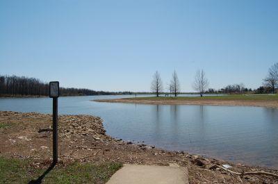 Freeman Lake Park, Main course, Hole 16 Short tee pad