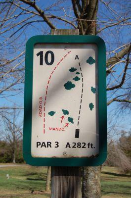 Freeman Lake Park, Main course, Hole 10 Hole sign