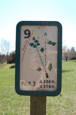 Freeman Lake Park, Main course, Hole 9 Hole sign