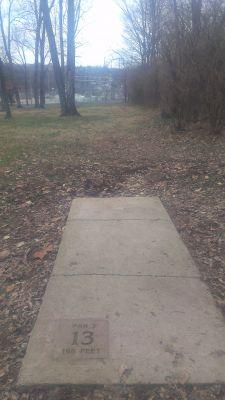 East Frankfort Park, Main course, Hole 18 Tee pad