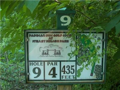 Paducah DGC, Main course, Hole 9 Hole sign