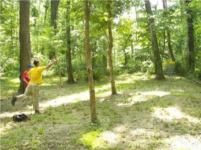 Paducah DGC @ Stuart Nelson Park, Main course, Hole 16 Putt