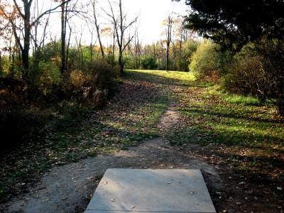 Hudson Mills Metropark, Original course, Hole 1 Short tee pad