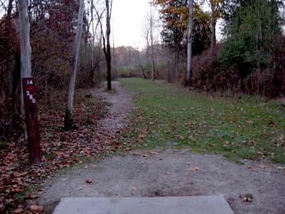 Hudson Mills Metropark, Original course, Hole 14 Short tee pad