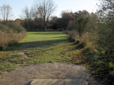 Hudson Mills Metropark, Original course, Hole 2 Short tee pad