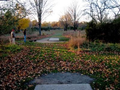 Hudson Mills Metropark, Original course, Hole E Long tee pad