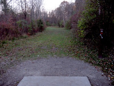 Hudson Mills Metropark, Original course, Hole 15 Short tee pad