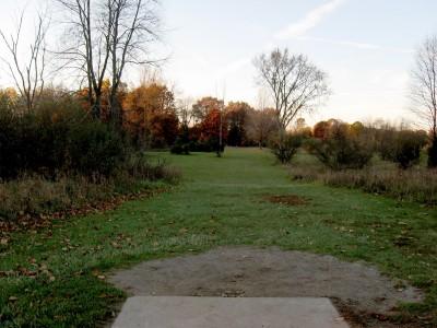 Hudson Mills Metropark, Original course, Hole 5 Short tee pad