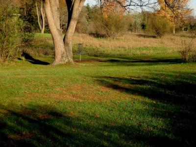 Hudson Mills Metropark, Original course, Hole A Midrange approach