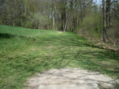 Hudson Mills Metropark, Monster course, Hole 1 Short tee pad