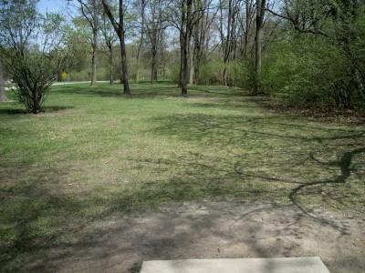 Hudson Mills Metropark, Monster course, Hole 2 Short tee pad
