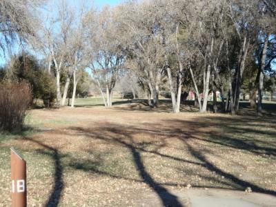 Widefield Park, Main course, Hole 18 Tee pad